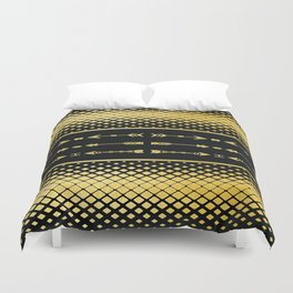 Golden Metallic Primal Arrows with Raining Diamond Pattern On Black Background Duvet Cover