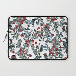 Festive Christmas Berries Pattern Laptop Sleeve