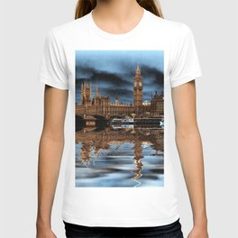 A wet day in London T-shirt