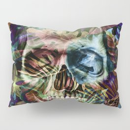 leaves skull i Pillow Sham