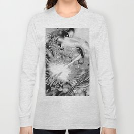 b&w- ignite Long Sleeve T-shirt