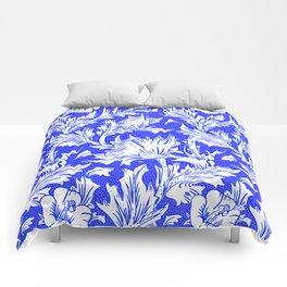 """William Morris """"Horn Poppy"""" 1. Comforters"""