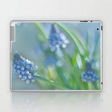 GRAPE HYACINTS AND BOKEH Laptop & iPad Skin