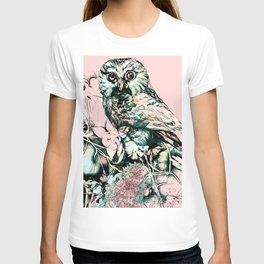 Spring owl on a pink background T-shirt