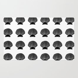Black Seashell Rug