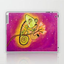 Chameleon in love Laptop & iPad Skin