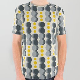 Uende Grayellow - Geometric and bold retro shapes All Over Graphic Tee