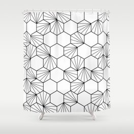 Peacock comb black white geometric pattern Shower Curtain