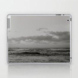 Pacific Ocean in Shades of Grey Laptop & iPad Skin