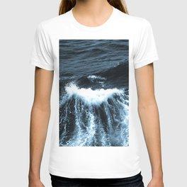 Dark Sea Waves T-shirt