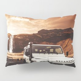 defender in iceland Pillow Sham