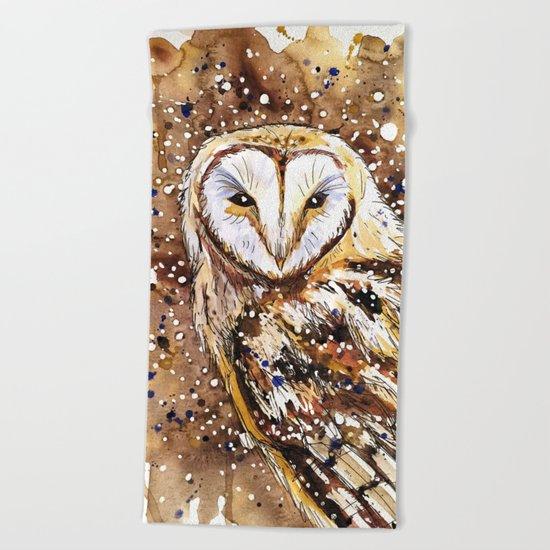 winter's owl Beach Towel