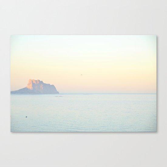 calma Canvas Print