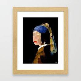 Curves - Moça com Brinco de Pérola Framed Art Print