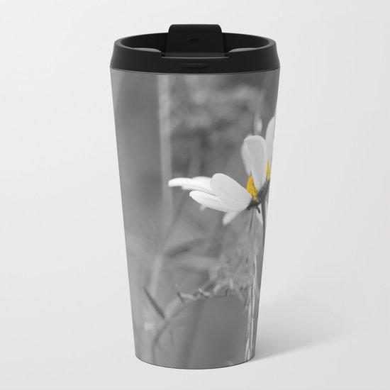 White daisy on a grey day Metal Travel Mug