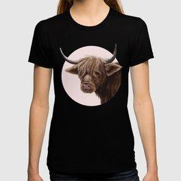 highland cattle portrait T-shirt