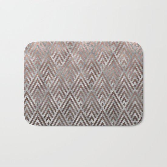 Rosegold foil triangles on grey grunge background Bath Mat