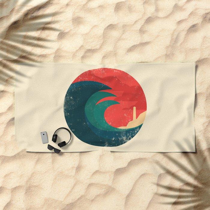 The wild ocean Beach Towel