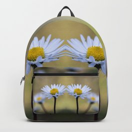 Mirroring delicate daisy flowers Backpack