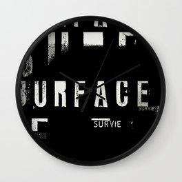 « survie » Wall Clock