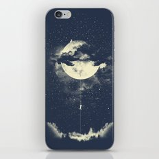 MOON CLIMBING iPhone Skin
