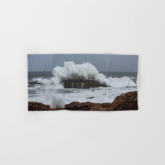 Wave splashing on the rocks Hand & Bath Towel