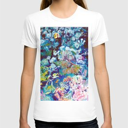The Barrier Reef, AUSTRALIA               by Kay Lipton T-shirt