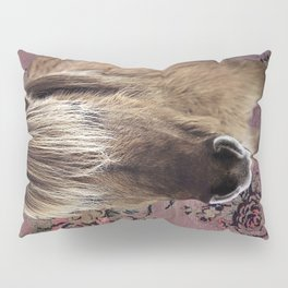 Icelandic pony with rosy posies Pillow Sham