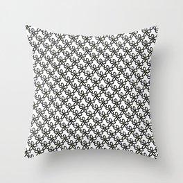 Daisy 45 Throw Pillow