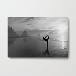 Yoga at Shi Shi Beach, Washington Metal Print