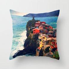 Cliff Living Throw Pillow