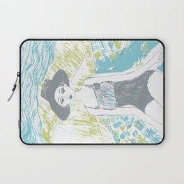 Woman on the beach 2 Laptop Sleeve