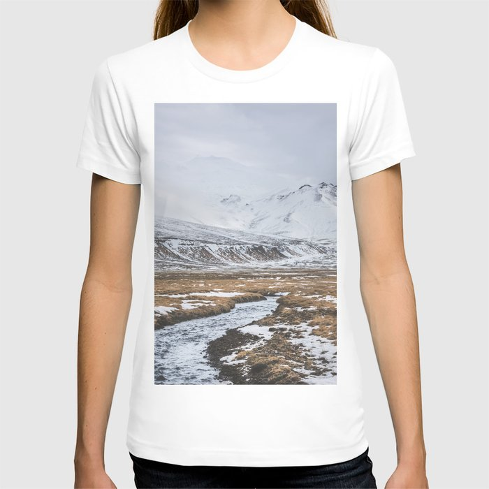 Heading to the Mountains - Landscape and Nature Photography T-shirt