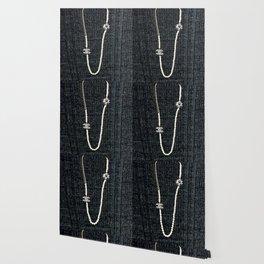 vintage pearls necklace Wallpaper