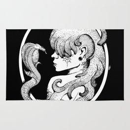 Medusa's Suicide Rug