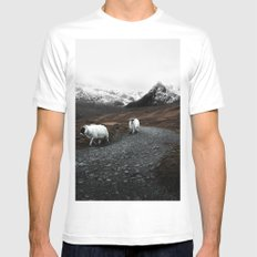 Sheep in the highlands #adventure MEDIUM Mens Fitted Tee White