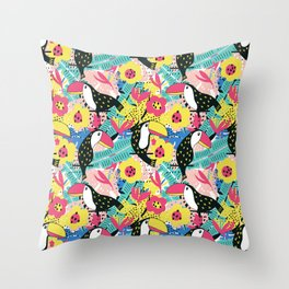 Toucan floral pattern Throw Pillow