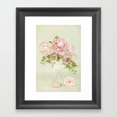 summer bouquet Framed Art Print