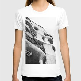 La Pedrera T-shirt