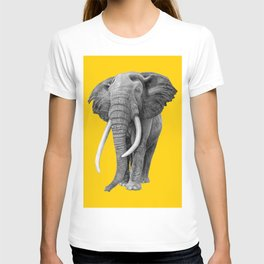 Bull elephant - Drawing In Pencil On Vintage Yellow T-shirt