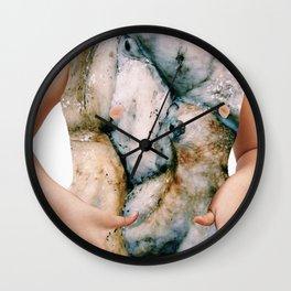 gli alienati Wall Clock