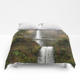 Multnomah Falls in Autumn Comforters