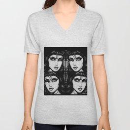 Cleopatra : Black Kajal Unisex V-Neck