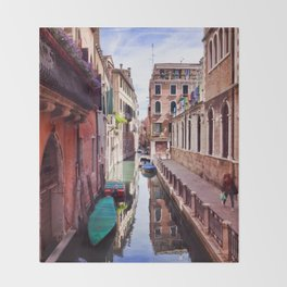Get Lost In Venice Throw Blanket
