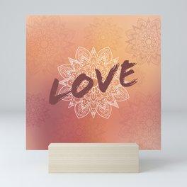 Love et Mandala rose Mini Art Print