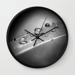 Simple Drops 2 Wall Clock