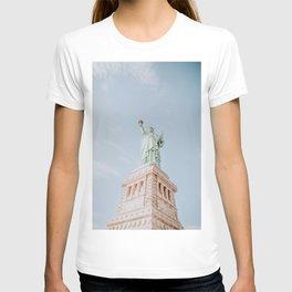 New York City III / Statue of Liberty T-shirt