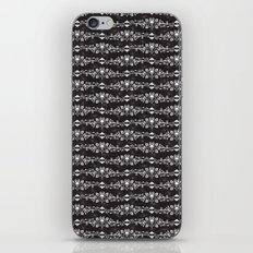 Fleur De Crâne iPhone & iPod Skin