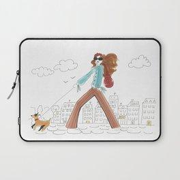 Se Promener / A Stroll Laptop Sleeve