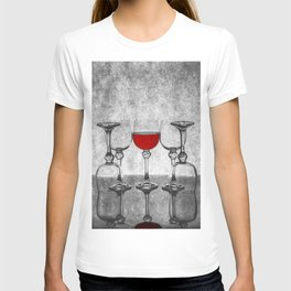 Still life with glass glasses with wine T-shirt